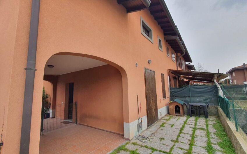Rif. B522 – UBOLDO – VILLA DI TESTA